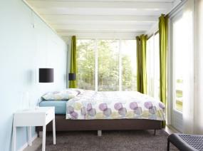 romantische slaapkamer met adembenemend uitzicht