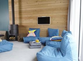 luxe groepsaccommodatie met houtkachel open haard