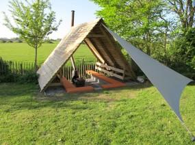 overdekt kampvuur natuurcamping