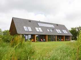 holiday in nature childfriendly holiday home Lauwersmeer Friesland Netherlands