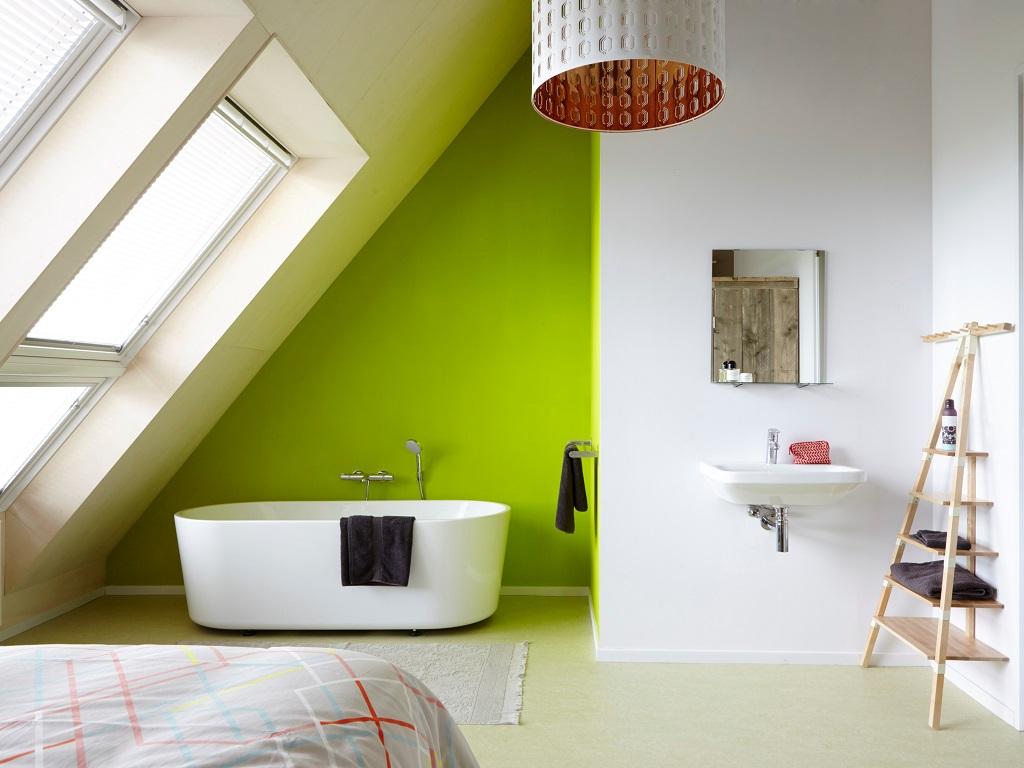 Slaapkamer Met Ligbad : Ligbad in slaapkamer aparte douche in badkamer foto van hilton
